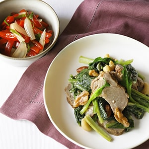 季節別、2品で作る献立レシピ。副菜は火を使わずに作れるものがほとんど。